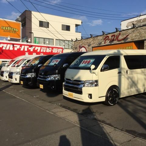 新車ハイエースワゴンGL納車&本日入庫の新車ハイエースワゴンGL 4WD 黒