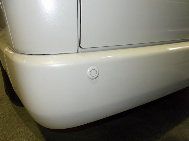 200系ハイエース・コーナーセンサー取り付け (3)