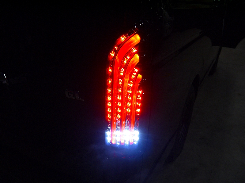 新型ライトセーバー:バック