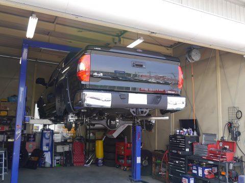 タンドラ クルーマックス SR5 4WD リフトアップ