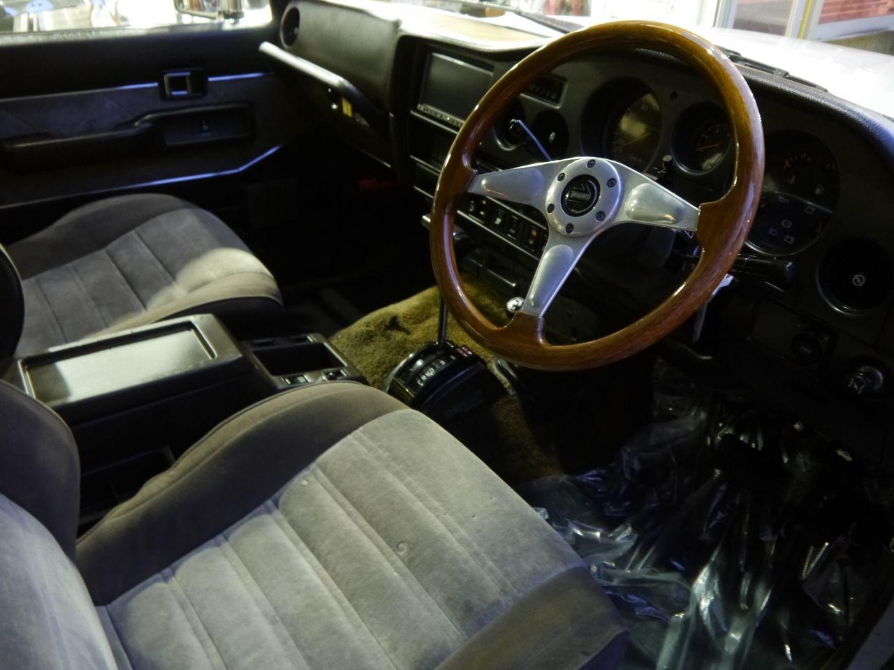 ランクル60VX 運転席・助手席