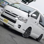 新車ハイエースワゴン GL 4WD FD-BOX3 後ろ向き