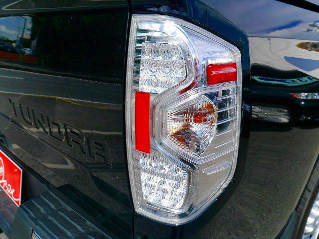新車2017年モデル タンドラ クルーマックスSR5 クリアテール