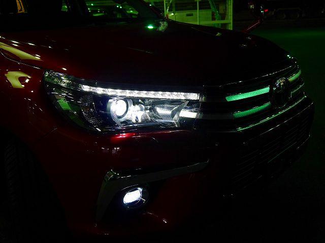 新型ハイラックス LEDヘッドライト&フォグ