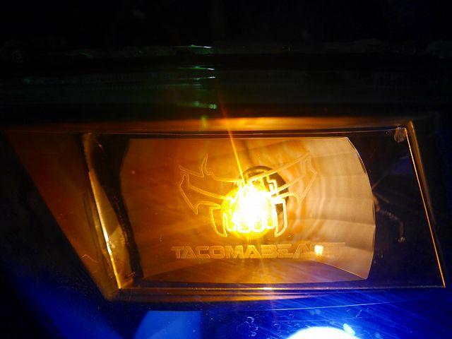 TACOMA BEAST オリジナルヘッドライト