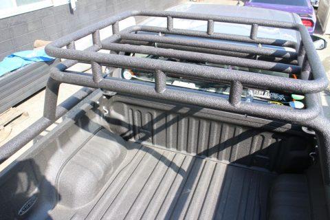 サクソン ハイラックス用 ロールバー&ルーフラック LINE-X モデル