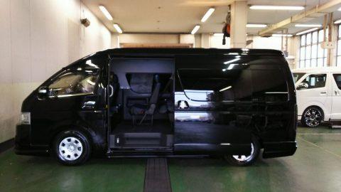 特設カラー202ブラックハイエースワゴングランドキャビン