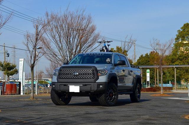 デモカー 18タンドラ クルーマックス4WD SR5 TRDオフロードPKG LINE-X ASSANTI OFFROAD IPF INNO BF-Goodrich
