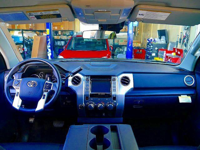 ベンコラ 8人乗り パートタイム4WD