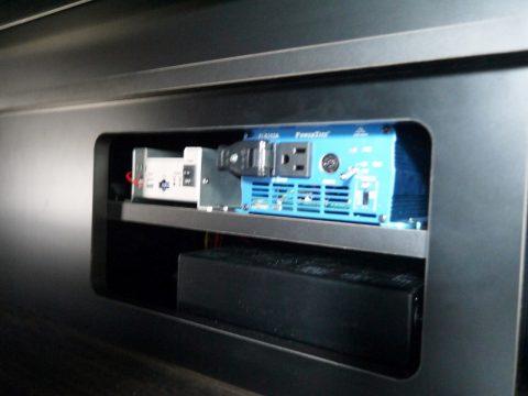 高崎店デモカー2018:サブバッテリーシステム&インバーター