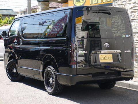 オールブラックの新車コンプリート