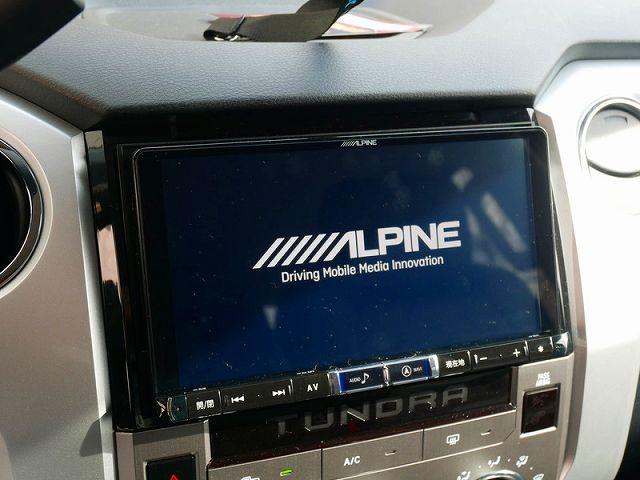 ALPINE X9Z 9インチナビ