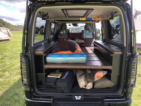 大容量カーゴ&ベッドを搭載の新デモカー