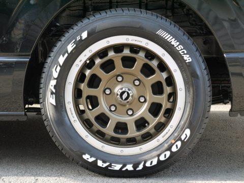 WORK:CRAG T-GRABIC × Goodyear:NASCAR 17インチ