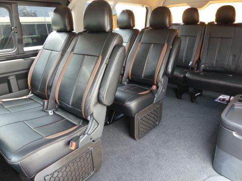 後部座席もオリジナルシートカバー