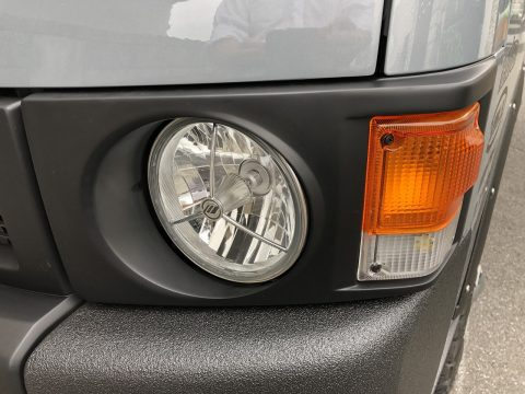 ハイエース丸目換装:IPF 3ポイントヘッドライト