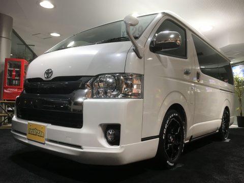 【内装架装】新車ハイエースワゴン GL FD-BOX0 パールホワイト ご紹介♪