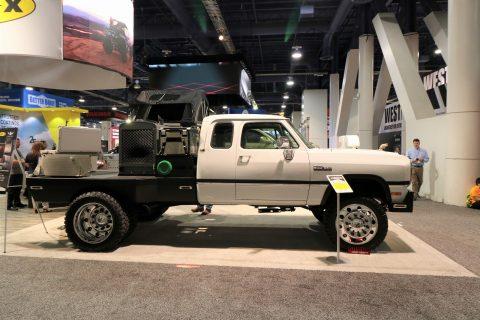 ダッジラム D350 トラック LINE-X