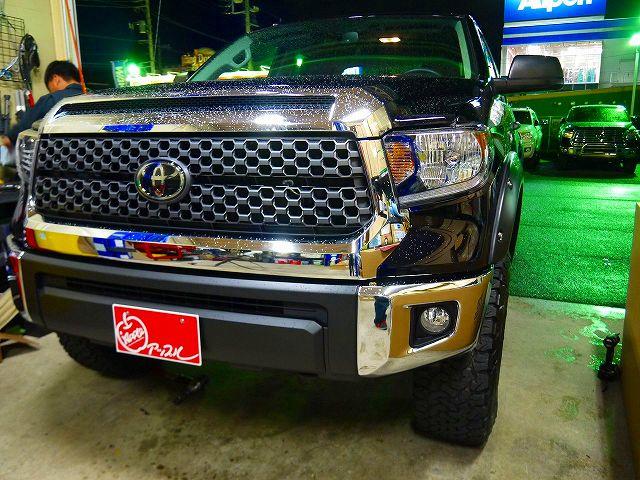 新車2019y タンドラ4WD クルーマックスSR5 2.5インチUP KMC18インチAW