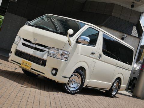 200系ハイエーススーパーGL 特注カラー ライトイエロー ハイエース仙台東店