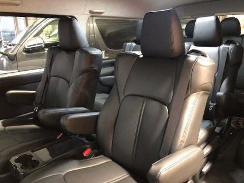 パールワゴン特別仕様車ファインテックツアラー本革シートカバー9