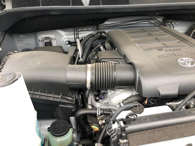 タンドラ 5700cc エンジン レギュラーガソリン