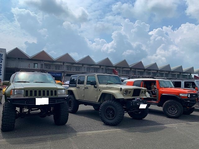 American Car Festival アメフェス IKURA Jeep FJクルーザー リフトアップ ハイリフト アメ車 逆輸入車 逆車 富士スピードウェイ USトヨタ専門店 アップル岩槻