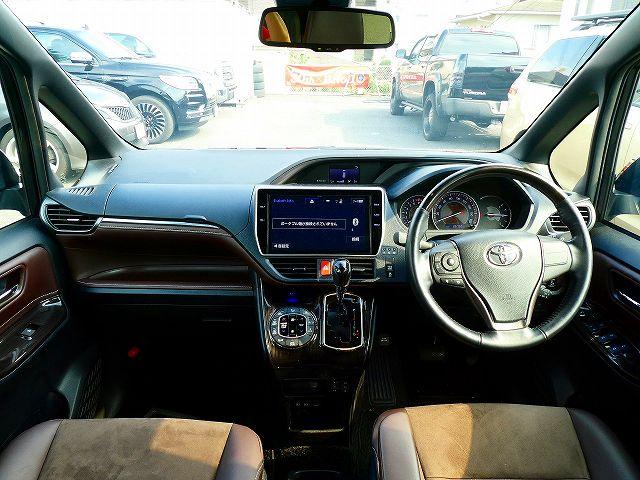 H30年式 エスクァイア 4WD GiプレミアムPKG 1オーナー モデリスタ トヨタ ミニバン USTOYOTA専門店 アップル岩槻 シエナ タンドラ セコイア タコマ