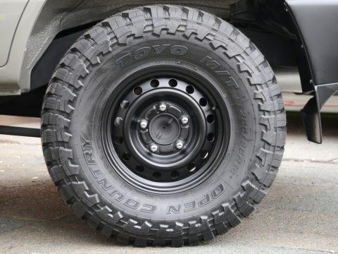 ランクル100丸目フェイス換装 タイヤ オープンカントリー
