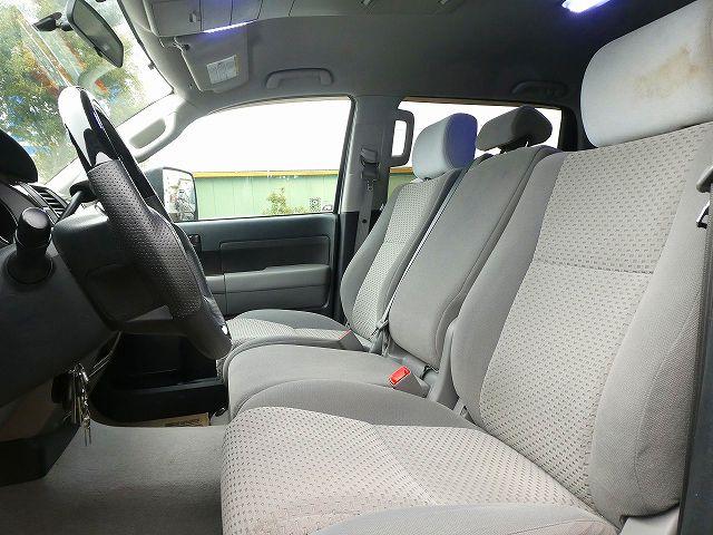 タンドラ 4WD クルーマックス  ベンチシート&コラムシフト グレー内装