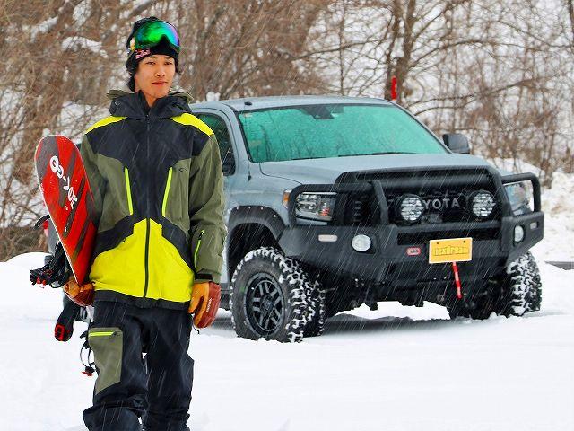 角野友基 プロスノーボーダー タンドラ 4WD クルーマックス SR5 セメントグレー ARB LINE-X