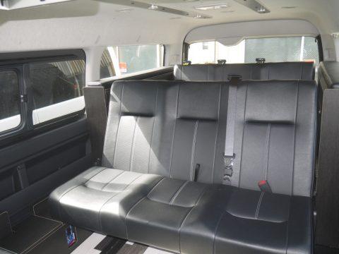 製作実績ご紹介★車中泊可能な内装架装シリーズのハイエンドモデル、FD-BOX6を追加カスタム多数で製作!