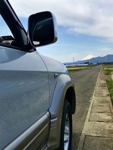 95プラドと富士山