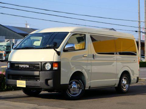 新車ハイエースバン 4WD 丸目換装 FD-BOX7 Vanlife