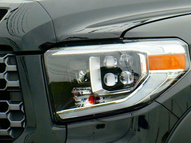 プロジェクターヘッドライト タンドラ LED