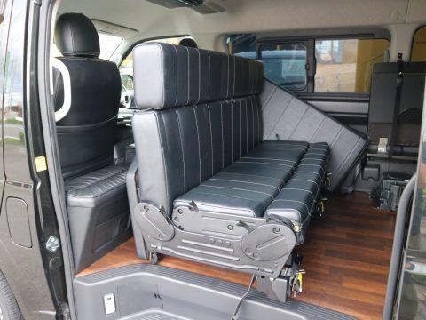 後ろ向きアレンジも簡単なi-Seat REVO