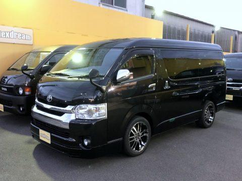 先取り情報! 前オーナー様より直接買い取り☆ 横向きシートのH29ハイエースワゴン GL 2WD FD-BOX0(ゼロ)