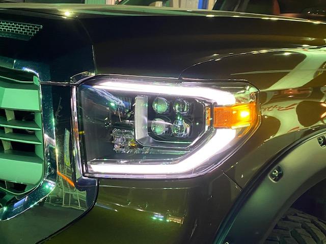 新作 タンドラ ヘッドライト LED カスタム USトヨタ
