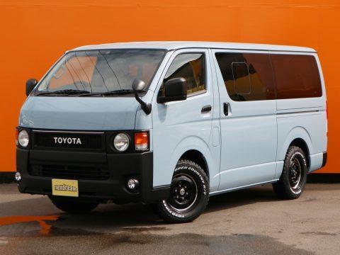 お客様オーダーのコンプリートカー製作☆ オールペイント x 丸目換装の新車ハイエースバン!
