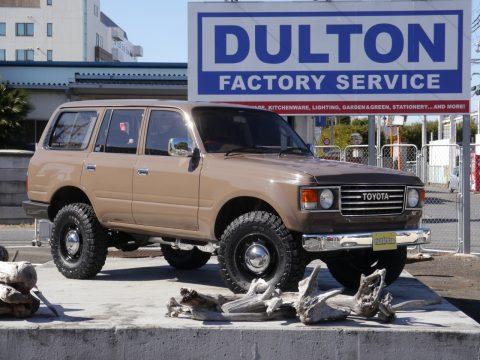 ランドクルーザー80 DULTON武蔵村山店 展示車両