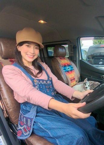 芳美リンさんNVにペンドルトンシートカバー取付