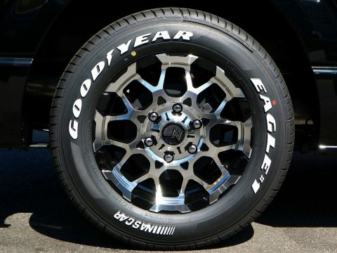 MID:M28 BULLET x Goodyear:NASCAR